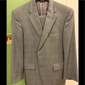 Signature Series Suit. Grey.